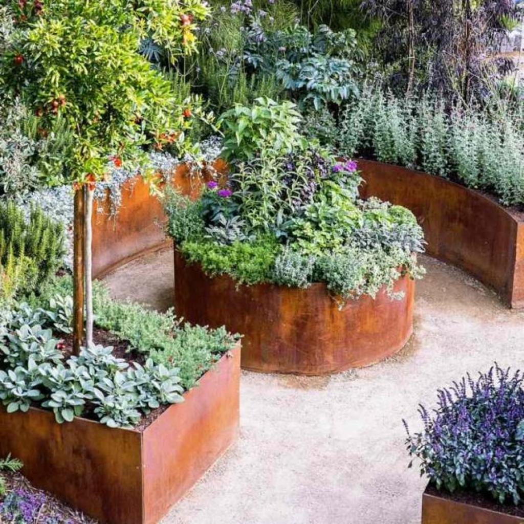 cailloux blancs qui verdissent free comment amnager son jardin et organiser lespace with. Black Bedroom Furniture Sets. Home Design Ideas