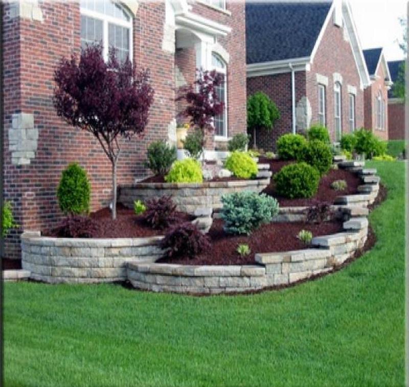 Croissant aménagement terrain pente devant maison - Maison jardin astuce HX-67